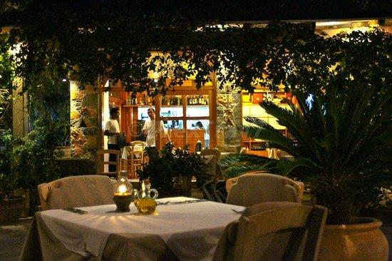 Ferryman Taverna: in the evening