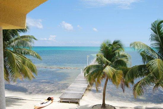 Pelican Reef Villas Resort: View from balcony