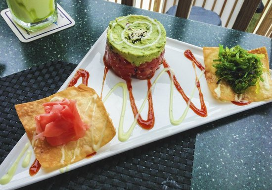 Flippers on the Bay: Tuna ceviche, Wow!