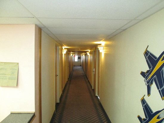 Rodeway Inn & Suites Fallon : Hallway