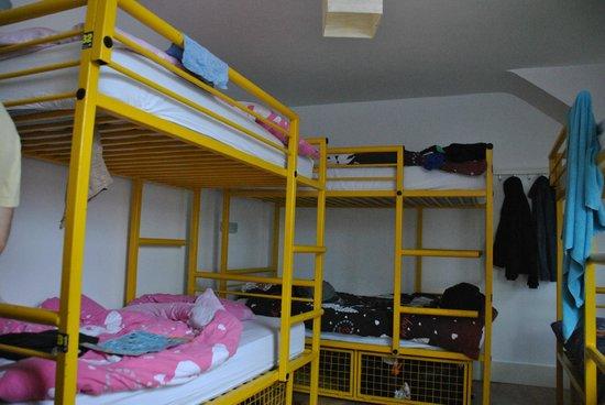 Belfast City Backpacker Hostel: Habitacion compartida 8 personas