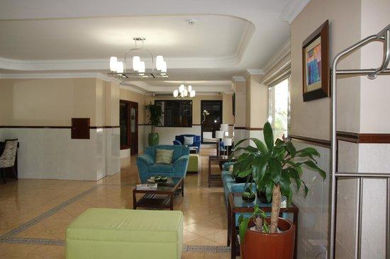 Hotel Milan: Lobby