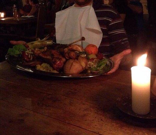 Sir Lancelot Knights' Restaurant: Menù per 2 persone.
