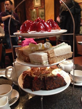 Richoux - Piccadilly : Delicious afternoon tea
