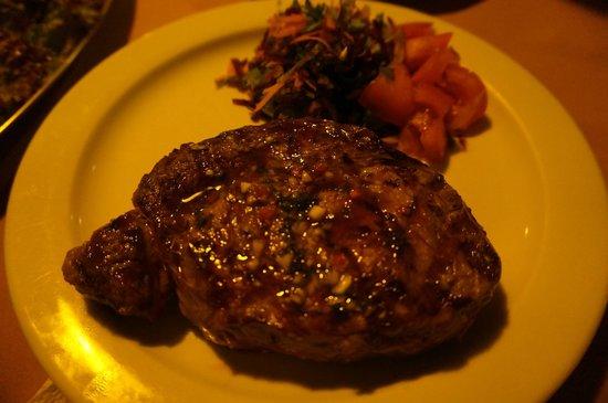 Cabinas El Colibri: Best steak ever