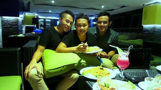 Zodiak @ Cokroaminoto Yogyakarta: sky bar