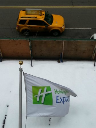 Holiday Inn Express New York City-Wall Street: New York & the Snow