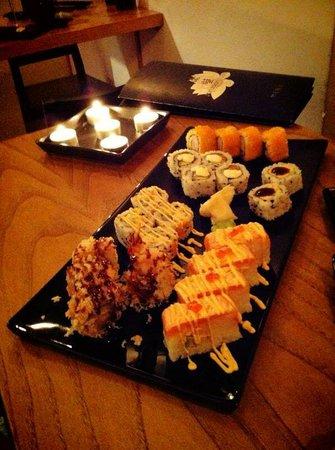 Jorudan Sushi : mix roll