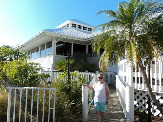 Johnny Leverock's Seafood House: Entrance to Leverocks
