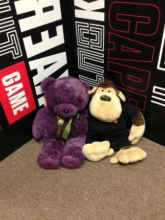 BreakOut Games: Our mascots - Teddy and King Kong