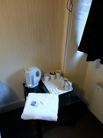 St. Enoch Hotel: Tea tray