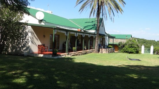 Spion Kop Lodge: Our bedroom was one of four in this building, which included a common lounge