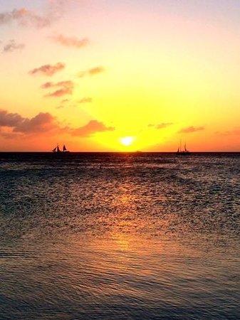Aruba Marriott Resort & Stellaris Casino: Sunset from the beach