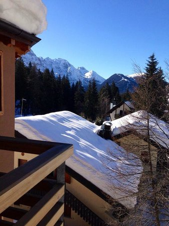 DV Chalet Boutique Hotel & Spa: View from side window