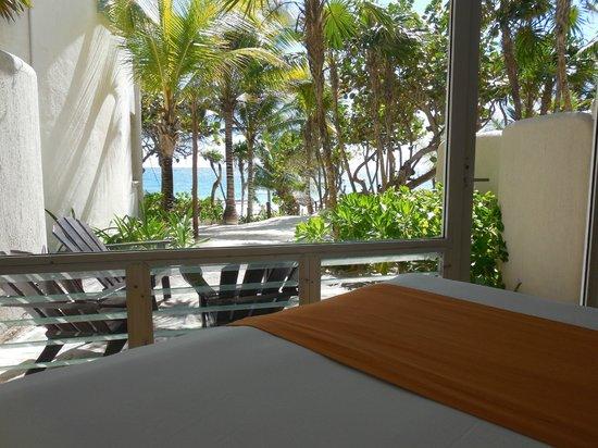 Las Ranitas Eco-boutique Hotel: Vue du lit chambre 6