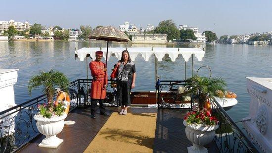 Taj Lake Palace Udaipur : Anleger am Hotel