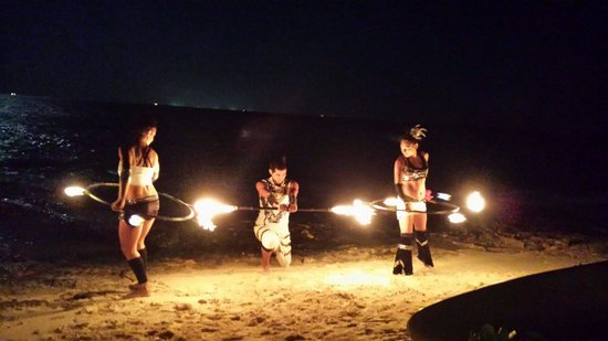 Fusion Bar & Restaurant : Show de fuego