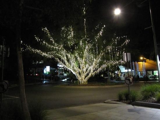 The Sebel Noosa: Hastings street at night.