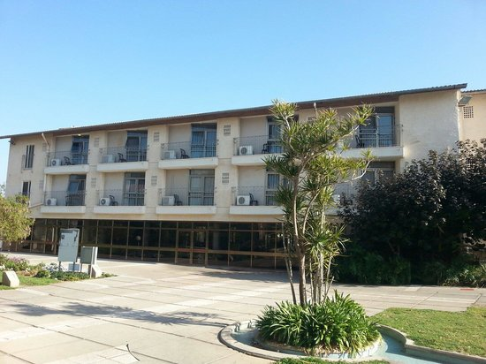 Hotel Kibbutz Shefayim : Vista de las habitaciones