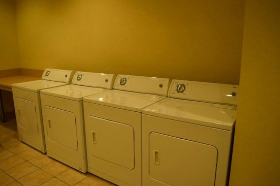 Signature at MGM Grand: Laundry Room (Dryer)
