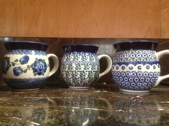 A Few Mugs Picture Of Polmedia Polish Pottery Seguin