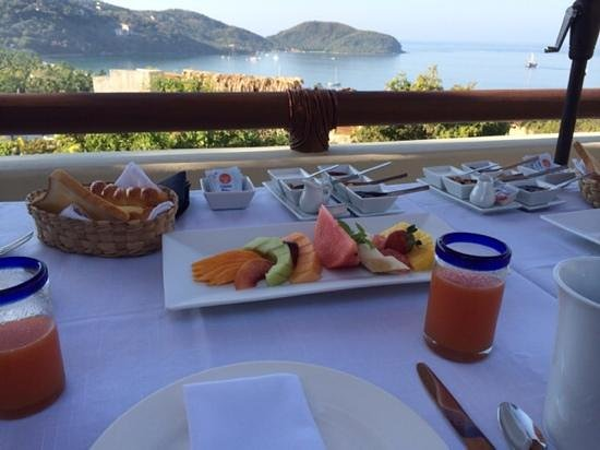 Hotel Cinco Sentidos: amazing view at breakfast