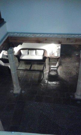 Hotel Puerta de la Luna: El patio