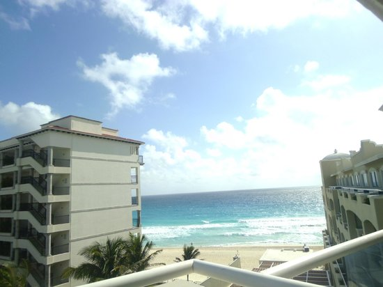 Gran Caribe Resort: Vista desde la habitación
