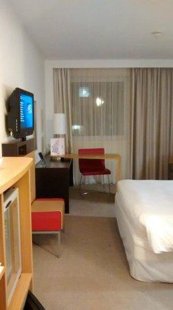 Novotel London Waterloo: Room2