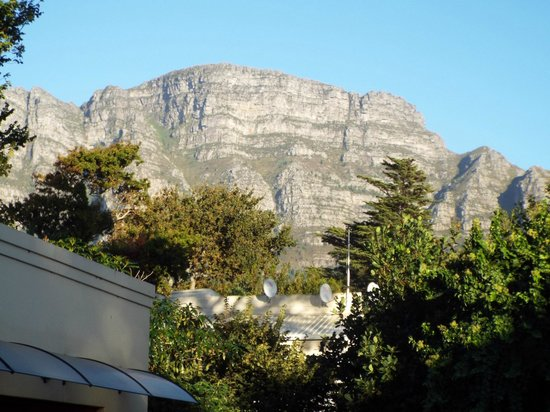 Riversong Guest House: Table Mountain