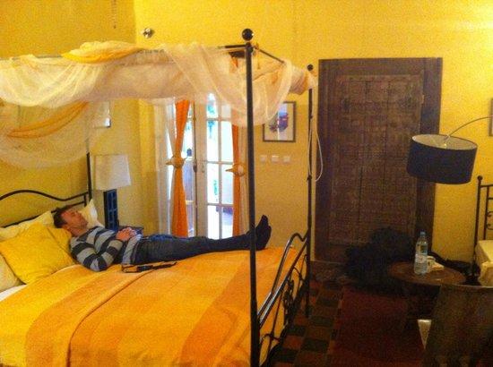 Villa Castel: Nice room on a very nice island.