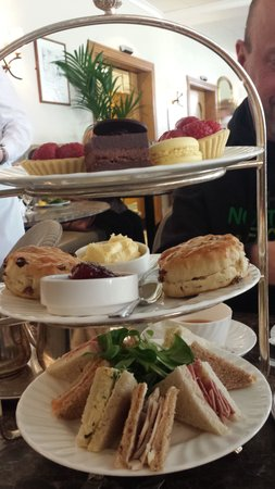 The Yorkshire Hotel: Betty's Tea Rooms