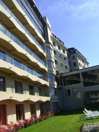 Alma del Lago Suites & Spa: Vista exterior del hotel