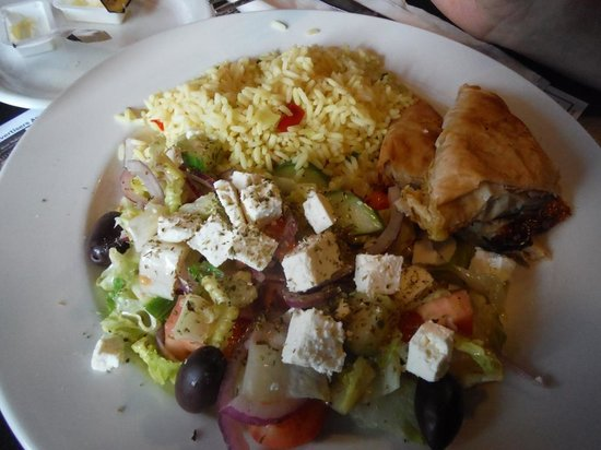 Bluenose 2 Restaurant : Greek Plate