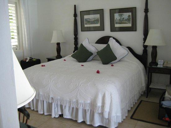 Jamaica Inn: West wing room