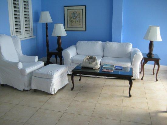 Jamaica Inn: West wing room terrace