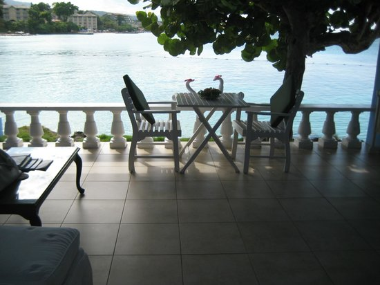 Jamaica Inn: West Wing terrace