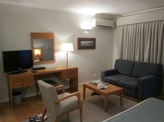 Eurotel Altura: sleeping room in suite