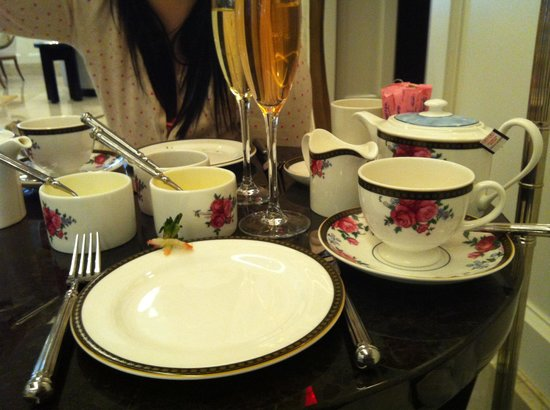 The Langham, Boston : Afternoon tea