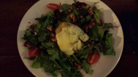 Brazill's On Main: Pear Gorgonzola Salad