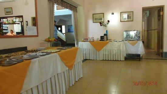 Select Hotel Piriapolis: desayunador