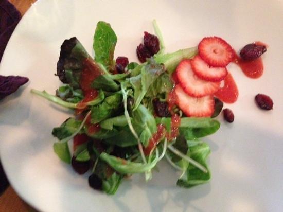 The Root Community Emporium: wonderful salad
