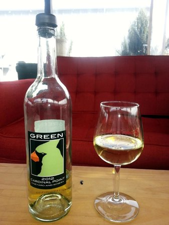 Cardinal Point Vineyard and Winery: Green!