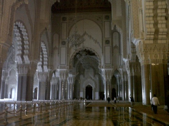Mosquée Hassan II : Inside the mosque