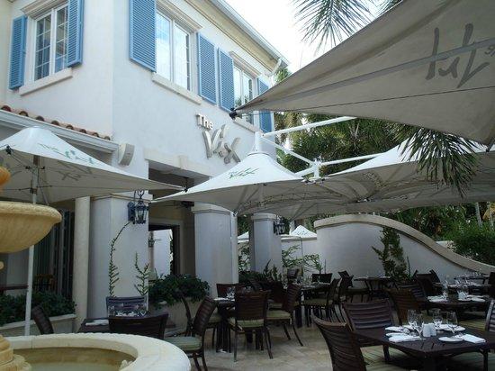 The Vix Bar & Grill: Vix