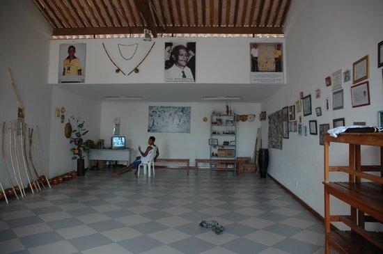 Santo Antonio Alem do Carmo (Capoeira) fort : Interior escuela Mestre Boca Rica