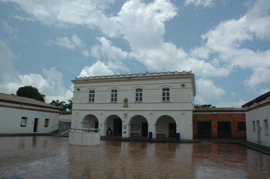 Santo Antonio Alem do Carmo (Capoeira) fort : Interior del fuerte de la Capoeira