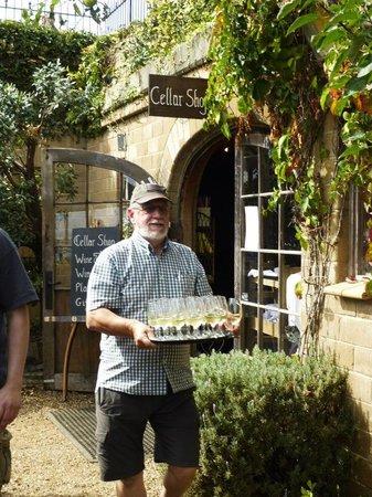 Fullers - Wine on Waiheke Tour : mudbrick vineyard tour guide and wine
