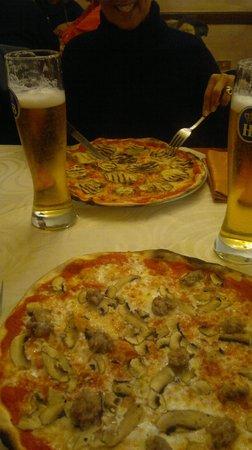 Taverna del Boscaiolo: pizzas