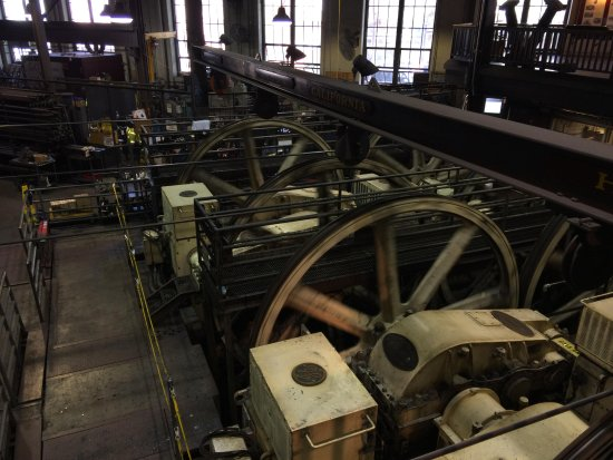 Cable Car Museum: The actual cables at work!